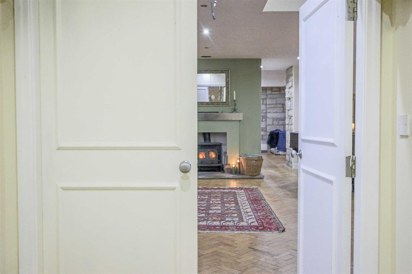 5 Bedroom Detached House For Sale - Image 52